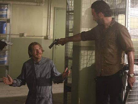 Lew Temple & Andrew Lincoln in The Walking Dead